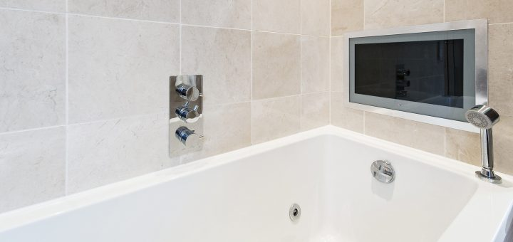bath tub with tv